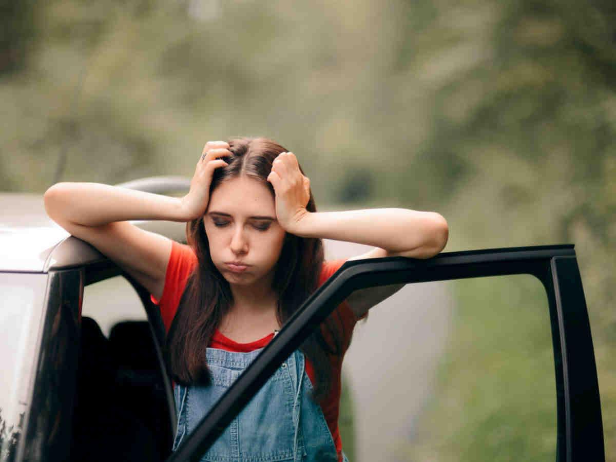 Comment eviter que mon enfant vomisse en voiture ?